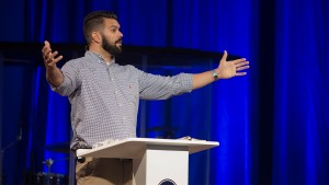 Robby Gallaty – Which Jesus Are You Following? – Matthew 27:11-31